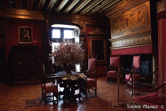 Chambre de César de Vendôme, propriétaire du château en 1624... César de Vendôme's room, owner of Chenonceau in 1624...